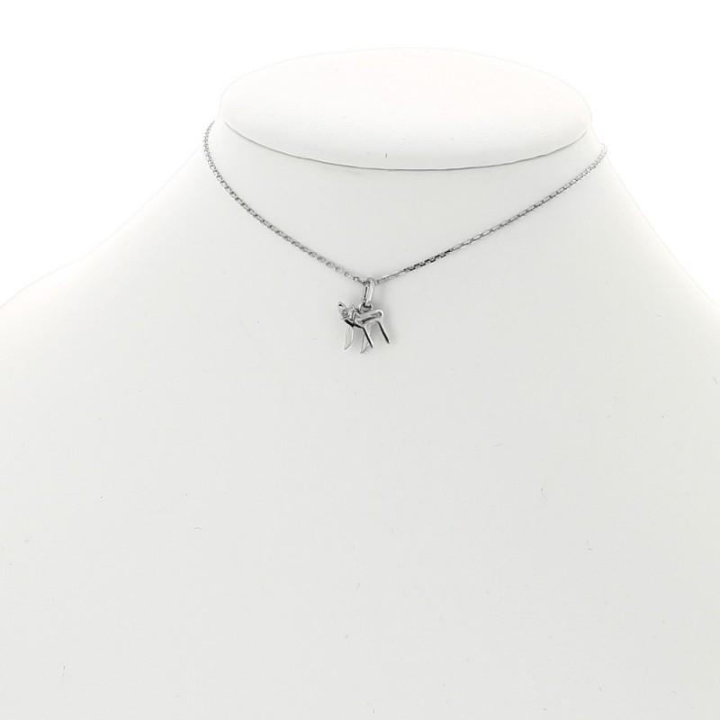 Collier pendentif breloque motif HaÏ enfant serti d'un diamant or 18 carat