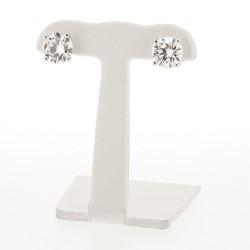 Boucles d'oreille solitaire serties 4 griffes en or 18 carats