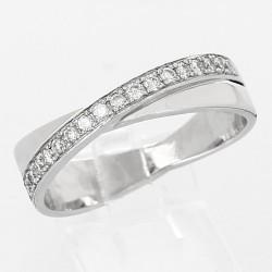 Alliance croissée demi-tour diamants serti grains - or 18 carats
