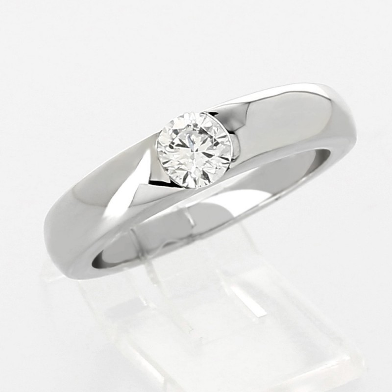 bague diamant serti demi clos