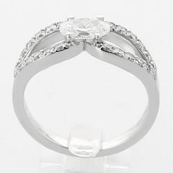 Bague lasso diamant ovale 0,50 ct - or 18 carats