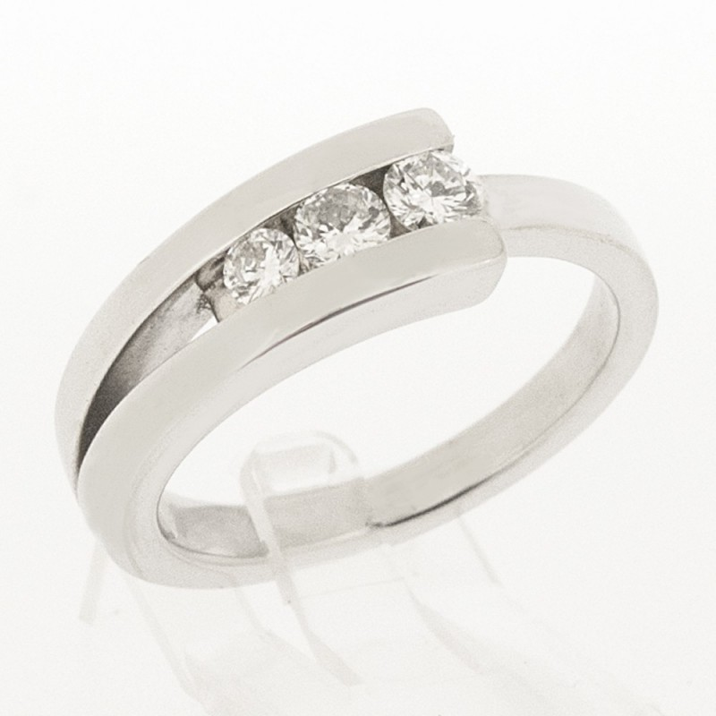 bague diamant contemporaine