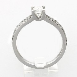 Bague double corps pavé centre princesse- serti griffes diamants 0,65 carat-or 18 carats