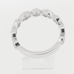 Bague motifs ronds et navettes en or 18 carats, diamants sertis grains