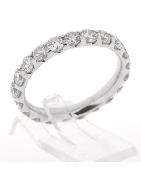 Alliance diamant tour complet sertis en mini-griffes avec un total de 2,10 carats, en or 18 carats