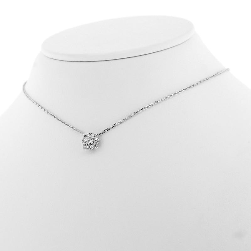 Pendentif rond serti de diamants sur griffes en or 18 carats
