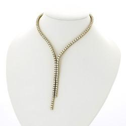 Collier rivière de diamants joaillerie, 124 diamants pour 10,11 carats. Fermoir cliquet et huit de sécurité en or 18 carats